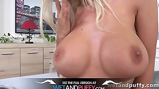 Wetandpuffy - Busty pretty good fills her pussy and ass with toys