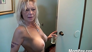 Slutty cougar ex stripper from trailer park