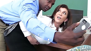 Brazzers - Sara Jay - Big Special At School