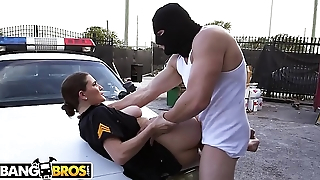 BANGBROS - Officer Molly Jane Choker A Criminal In The Act Together with Makes Him Pay!